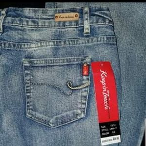 BNWT Flared Jeans